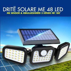 Split-Solar-Wall-Lamp-display